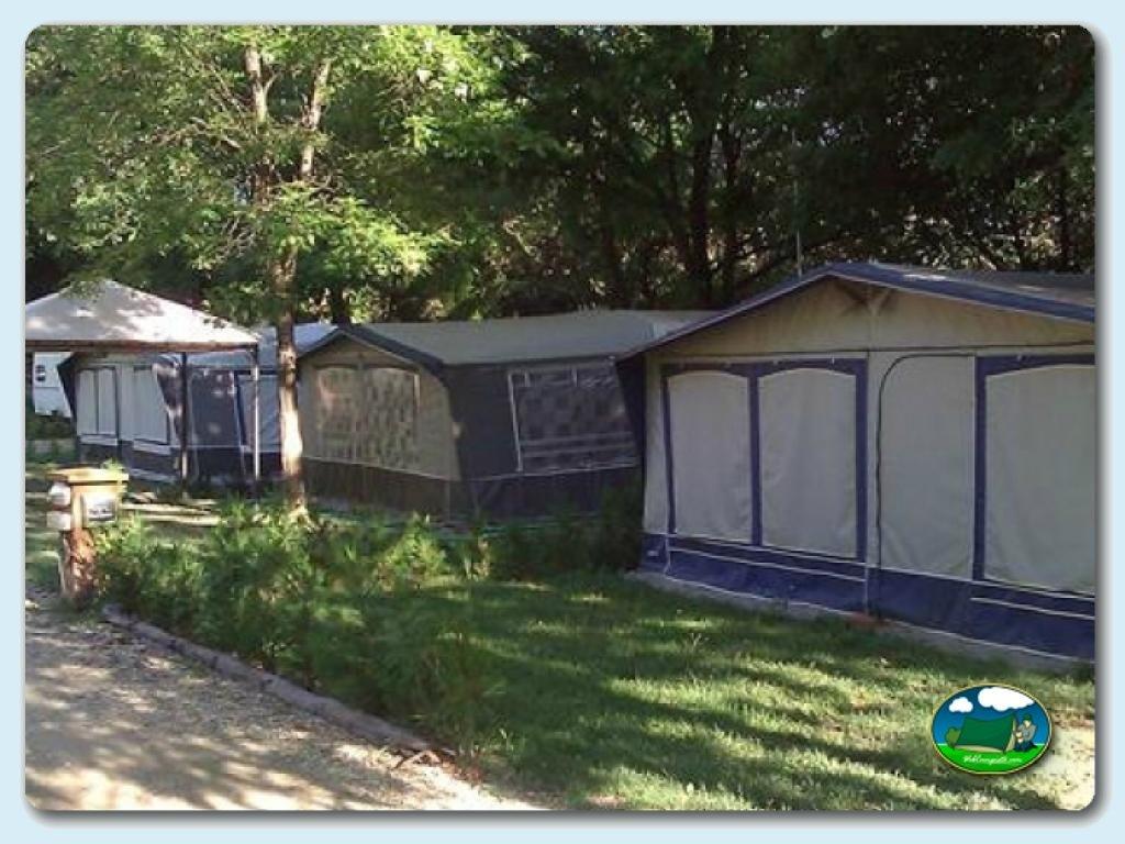 Camping Besalú