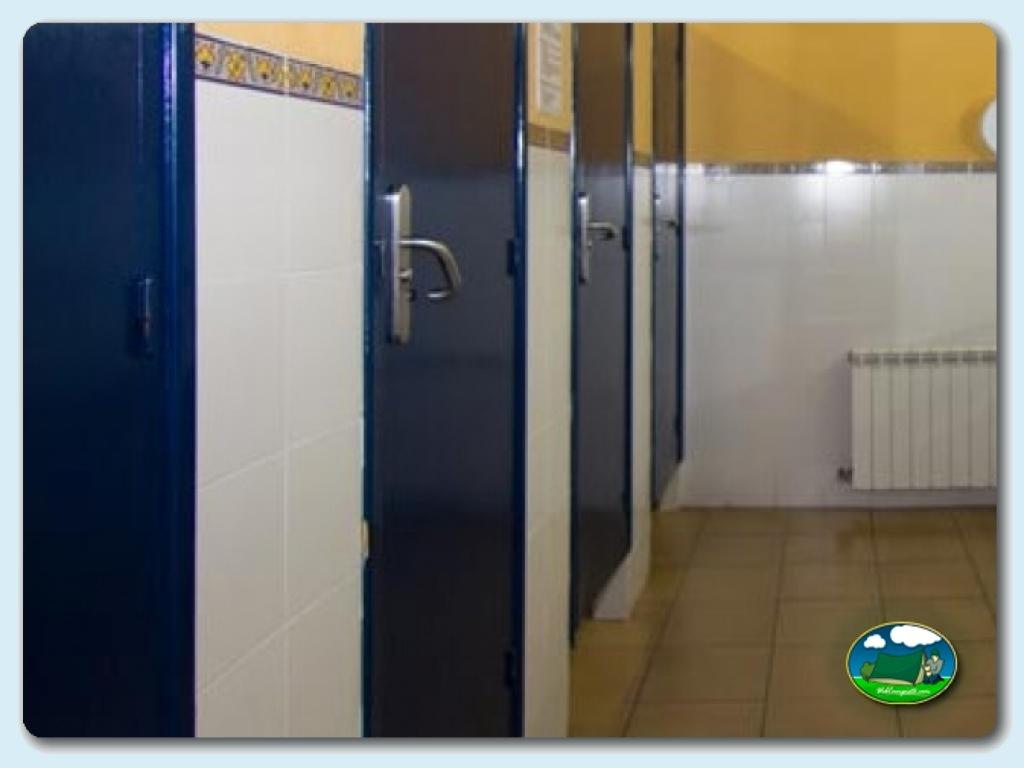 foto - Servicios sanitarios y baño infantil